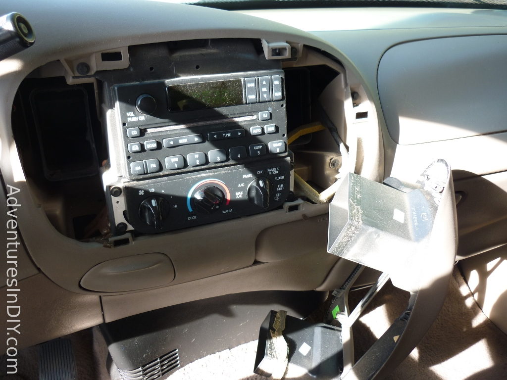 front_dash_panel_off ford f 150 factory radio uninstall and new radio install Under Dash Wiring Harness at couponss.co